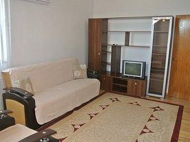 Apartament de închiriat 3 camere, în Pitesti, zona Banat