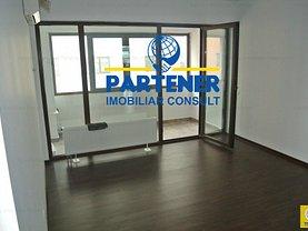 Apartament de vânzare 3 camere, în Pitesti, zona Negru Voda