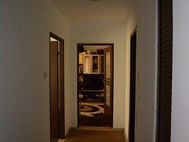 Apartament de vânzare 2 camere în Pitesti, Prundu