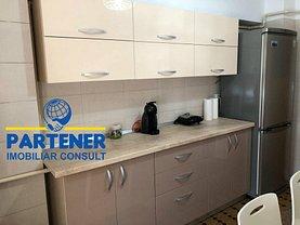 Apartament de închiriat 3 camere în Pitesti, Ultracentral