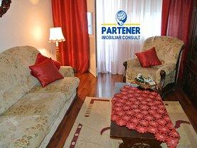 Apartament de închiriat 3 camere, în Pitesti, zona Calea Bucuresti