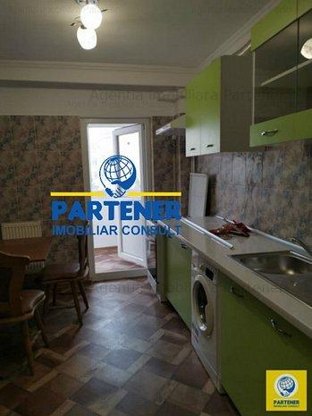 Apartament 3 camere Craiovei - Negoiu, etaj 3, mobilat, centrala - imaginea 1