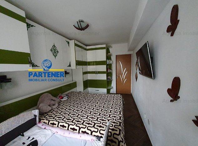 Apartament 3 camere Ultracentral, complet mobilat si utilat - imaginea 1