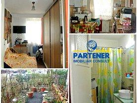 Apartament de vânzare 3 camere, în Piteşti, zona Calea Bucureşti