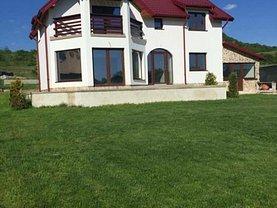 Casa 4 camere în Pitesti, Periferie