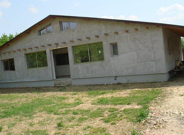 Casa 4 camere, Stefanesti, teren 950mp - imaginea 1