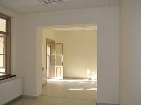 Casa de închiriat 5 camere, în Piteşti, zona Popa Şapcă