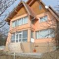 Casa de vânzare 9 camere, în Albesti