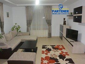 Casa de închiriat 4 camere, în Pitesti, zona Labusesti