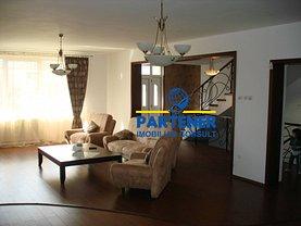 Casa de vânzare sau de închiriat 8 camere, în Piteşti, zona Craiovei