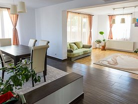 Casa de închiriat 4 camere, în Ştefăneşti