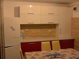 Casa de închiriat 4 camere, în Piteşti, zona Trivale