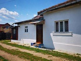 Casa de vânzare 2 camere, în Piteşti, zona Trivale