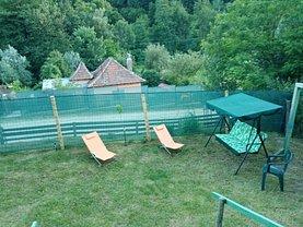 Casa de vânzare 3 camere, în Drăganu