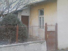 Casa de vânzare 2 camere, în Sfântu Gheorghe, zona Central