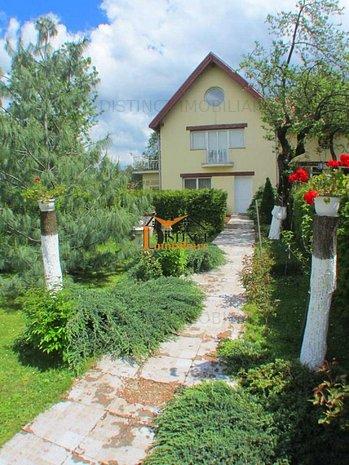 Inchiriere corp de casa, cu gradina deosebita la intrare in Sacele. - imaginea 1