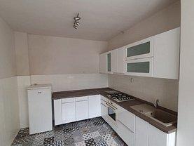 Casa de închiriat 2 camere, în Braşov, zona Central