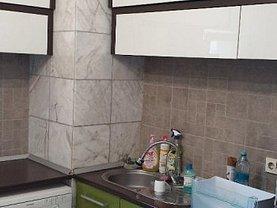 Apartament de închiriat 4 camere, în Constanţa, zona Far