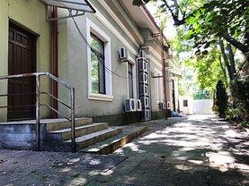 Casa de închiriat 8 camere, în Bucureşti, zona Parcul Carol