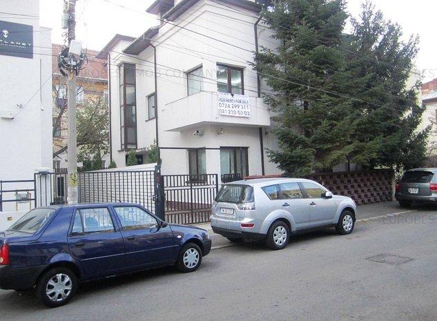 Unirii, Piata Alba Iulia, vila 8- 11 camere, S+P+1E+M, 300 mp utili, - imaginea 1