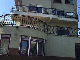 Casa de vânzare sau de închiriat 7 camere, în Ghermanesti