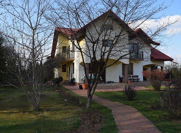 Snagov vila 5 camere P+1Et, foisor, garaj, teren 2000 mp langa padure - imaginea 1