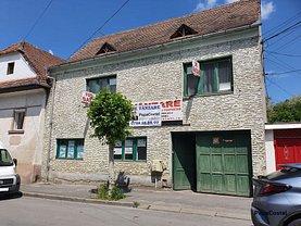 Casa de vânzare 10 camere, în Sighişoara, zona Central
