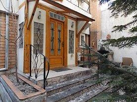 Casa de vânzare 12 camere, în Bucuresti, zona Titulescu