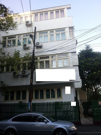 VANZARE CLADIRE DE BIROURI - imaginea 1