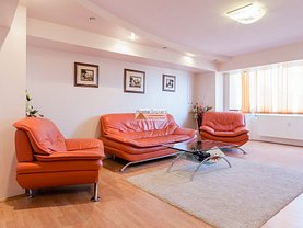 Apartament de vânzare sau de închiriat 3 camere, în Bucuresti, zona Alba Iulia
