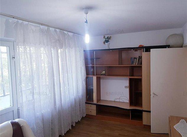 Apartament 2 camere decomandate zona Narcisa. Etaj 3. Mobilat - imaginea 1