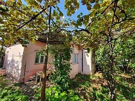 Casa de vânzare 3 camere, în Bacău, zona Gherăieşti