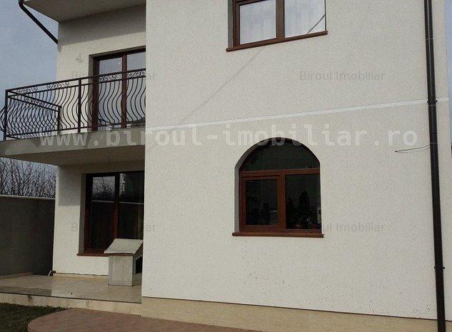 Vanzare vila cocheta P+1 zona Steaua de Mare Eforie Nord - imaginea 1
