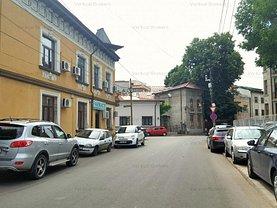 Casa de vânzare 14 camere, în Bucuresti, zona Dacia
