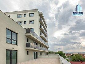 Apartament de vânzare 3 camere, în Brasov, zona Blumana