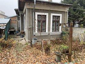 Casa de vânzare 2 camere, în Bucuresti, zona Damaroaia
