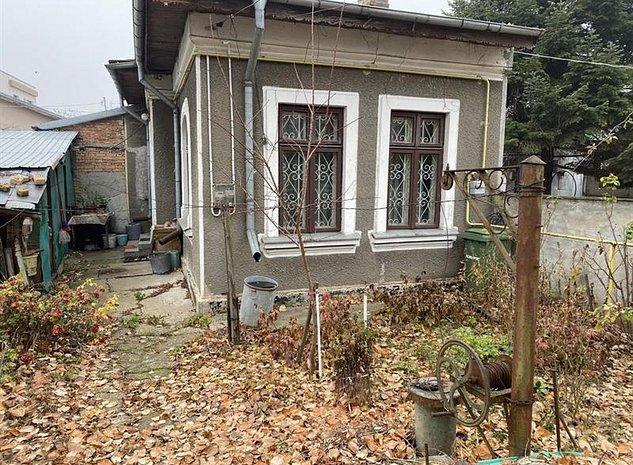 Vanzare casa zona Damaroaia - imaginea 1