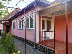 Casa de vânzare 4 camere, în Blaj, zona Est
