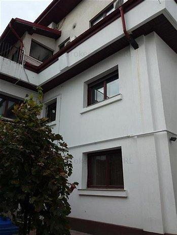 casa/vila - imaginea 1