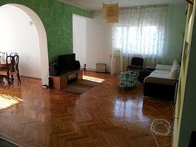 Apartament de vânzare 5 camere, în Bucureşti, zona Parcul Carol