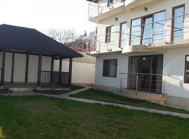 Vila 11 camere de vanzare in Vama Veche - imaginea 1