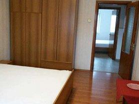 Apartament de închiriat 3 camere, în Iaşi, zona Podu Roş