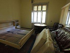 Apartament de vânzare 5 camere, în Timisoara, zona Balcescu
