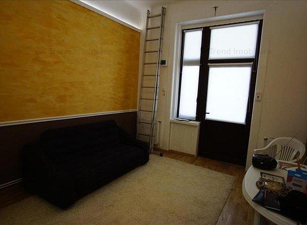 Apartament de vanzare - ULTRACENTAL - 1 camera - Strada Eroilor - Parcare - imaginea 1