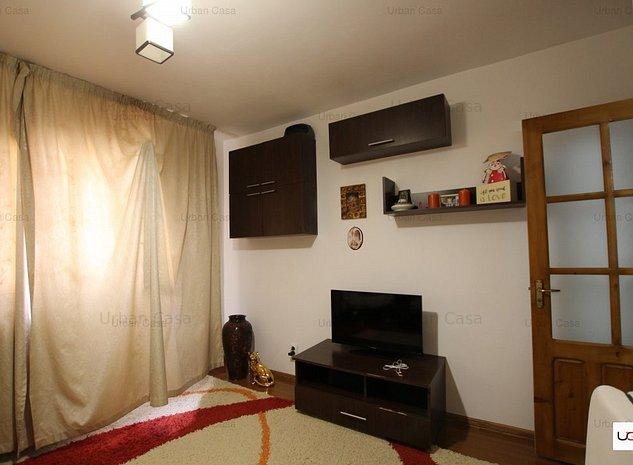 Apartament 3 camere decomandat etajul 3, zona Dacia  - imaginea 1