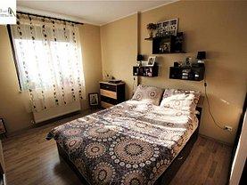 Apartament de vânzare 2 camere, în Iaşi, zona Podul de Fier