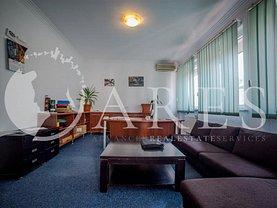Apartament de închiriat 5 camere, în Bucuresti, zona Romana