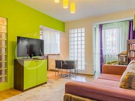 Apartament de vânzare 3 camere, în Bucureşti, zona Eroii Revoluţiei