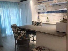 Apartament de vânzare 3 camere, în Cluj-Napoca, zona Sopor