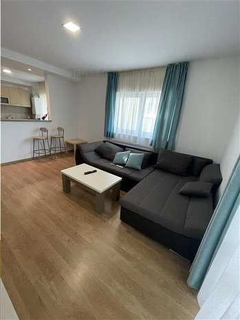 Apartament 2 camere Zona Tractorul - imaginea 1